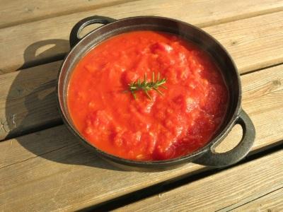 トマトで煮込んだ料理